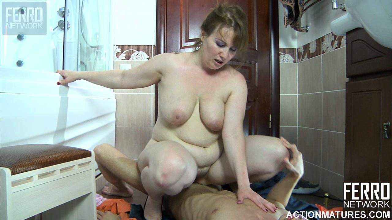 mom end boys porn video