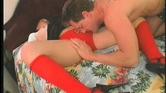 Luscious milf seduces a stud and has him drilling her peach on the bed