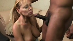 Milf Nicole Moore pays the bill with her mouth and a little pussy
