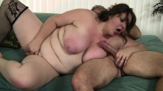 Chunky babe Joslyn Underwood has a wet pussy yearning for a hard stick