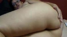 Bbw Latina Shows Her Ass
