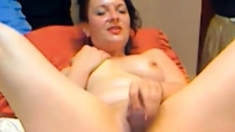 Sexy Romanian Milf, But Not That Sexy Show