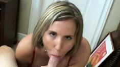 Dirty blonde slut - Gives sloppy blow job